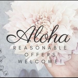 Aloha & Welcome to my closet! Sales happening NOW!